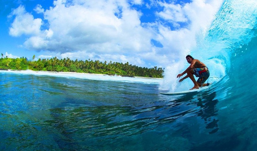 Aganoa Lodge & Surf Break in the village of Satufia