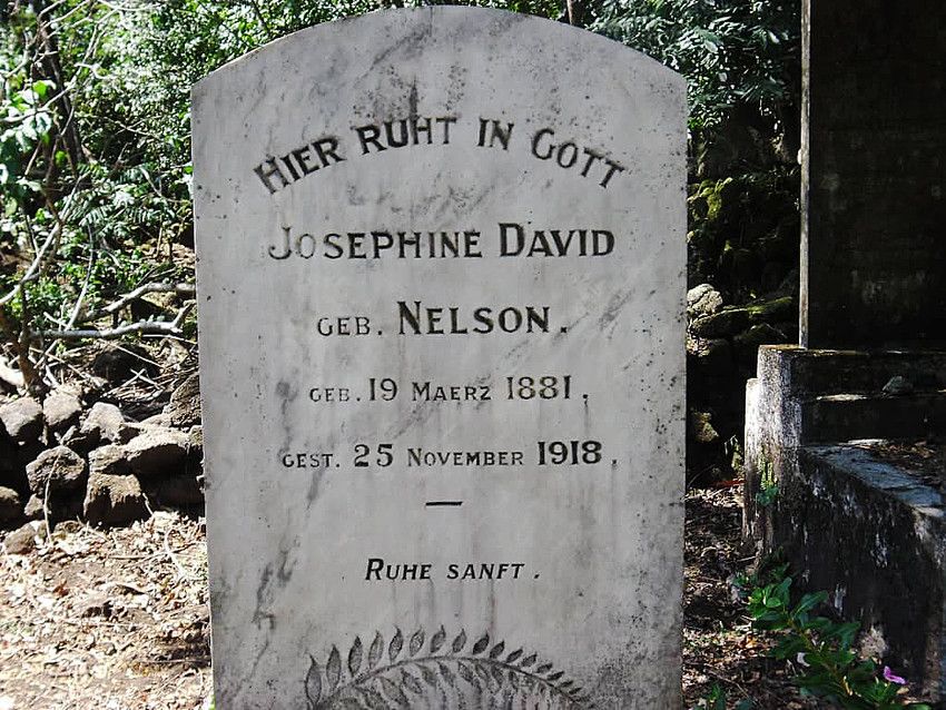 The gravestone of Josephine Dāvid (nee Nelson) at Safune. It is written in German. Josephine was among the first people who died at Safune. (Nelson Dāvid & Patrina Dāvid-Meredith).