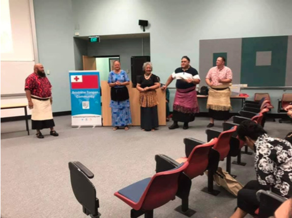 QTLS Convenor, Bruce Manu-Sione and some of the teachers Kefilini Taufa, Iunisi Lane, Peluvalu Veikoso and Sulieni Layt