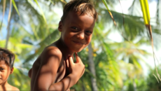 SUSPENDED GENERATION - THE KIDS OF KIRIBATI
