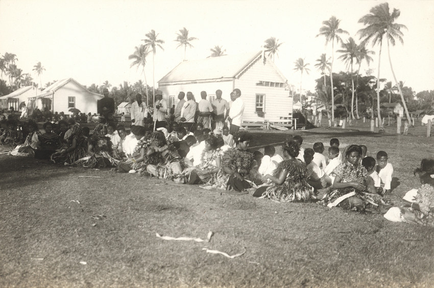 A women's group at Ha'apai performing the Samoan Ma'ulu'ulu.