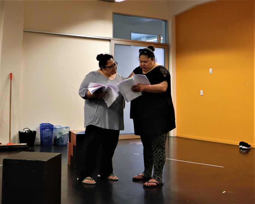 Anapela & Goretti in rehearsals for 'Uma Lava' Photo credit: Vela Manusaute