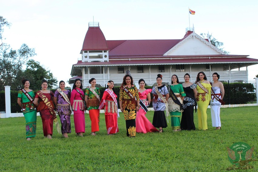 Miss Heilala 2018 contestants with Ophelia Kava - Miss Heilala 2017.
