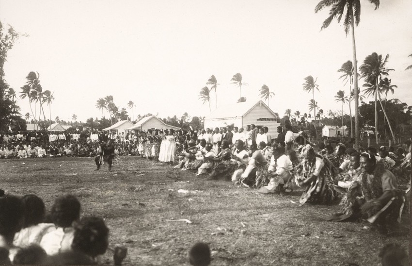 Gesa Akkerman-Ohle Collection, Museum of Samoa, captioned by Karl Hanssen 'Ta'alolo, Haabai.'