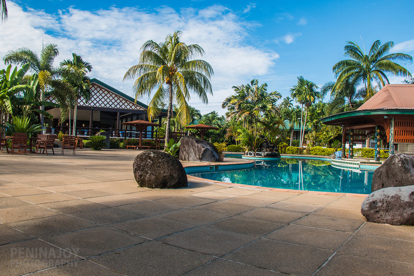 Pool & deck at Amoa Resort