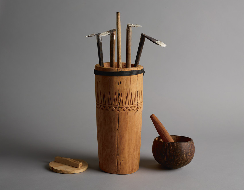 Fig. 138 Autā (tattooing tools) made by Su'a Sulu'ape Alaiva'a Petelo. © Museum of New Zealand Te Papa Tongarewa, photographer Maarten Holl